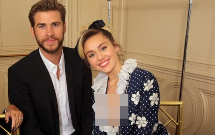 liam-hemsworth-dan-miley-cyrus-tunjukan-kemesraan-perdana-di-acara-power-of-women