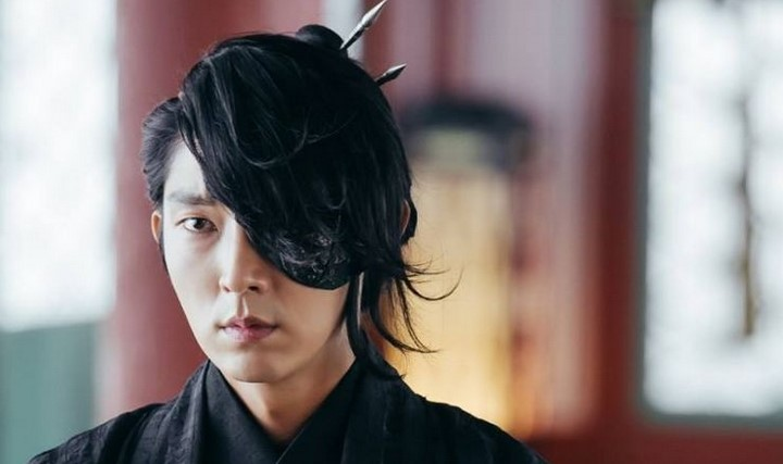 moon-lovers-scarlet-heart-ryeo-bawa-lee-jun-ki-jadi-aktor-terpopuler-2016