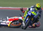 Video Epic Battle Rossi vs Marquez GP Sepang 2015